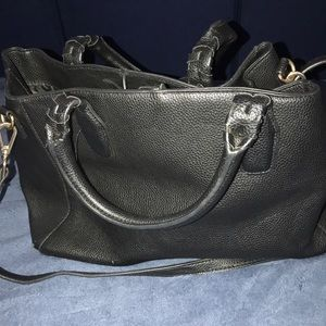 Black H & M big purse